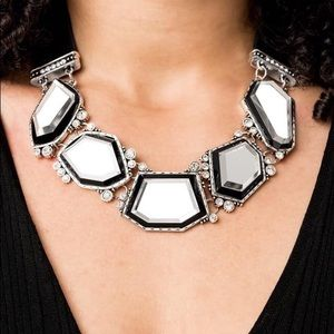 Gorgeous Necklace with matching earrings